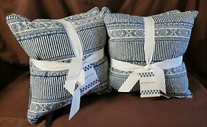 """2 - 2Pk Taymor Navy/White Indoor/Outdoor 18"""" Filled Square Throw Pillows"""
