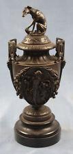 Urne urn Windhund hund figur hundefigur greyhound whippet bronze figur antik