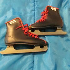 Lake Placid bOys Ice Skates- White - Pre Owned - Nice Condition - Size Usa 2