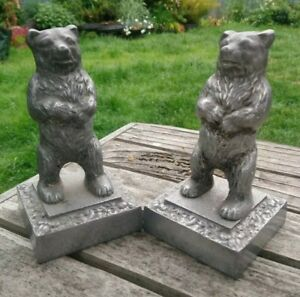 Pair of Vintage or Antique Bears on Plinth Cast Metal Bookends