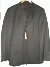 Bally Suit NEW runway 100% wool three Button size 52 Euro