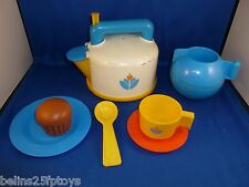 Fisher Price Fun Food kitchen Whistling tea pot set cup suacer 3 + Boys Girls