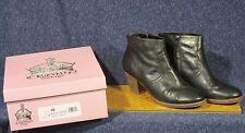 Crown Vintage Women's Size 10 Black Samantha Ankle Boot