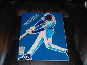 2003 LOS ANGELES DODGERS BASEBALL YEARBOOK  NR MINT