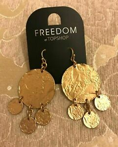 TOPSHOP GOLD TONE BEATEN DISC EARRINGS BRAND NEW