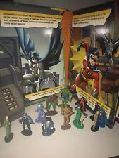 2015 DC Comics Batman My BUSY BOOKS STORYBOOK 12 FIGURES 1 PLAY MAT Excellent