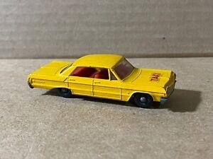 Vintage Lesney Matchbox No. 20 Chevrolet Impala Taxi Cab Regular Wheels 1965 EX