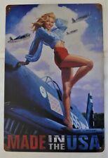 """Plaque Métal Tolée Vintage Pin-Up """"Avion Made In USA"""" 20 X 30 cm Neuf Emballé"""