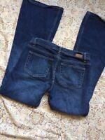 London Jean Women's Designer Blue Jeans Size 4 Boot Cut Western Denim Pants Cute