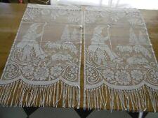 Paire de rideaux  en filet 74 x 49 cms