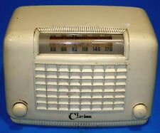 CLARION 1946 BAKELITE TUBE RADIO MODEL C102 - WARWICK MANUFACTURING COMPANY