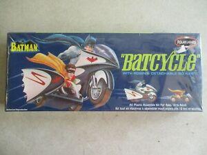 SEALED MIB 2003 BATMAN BATCYCLE POLAR LIGHTS MODEL KIT #6902