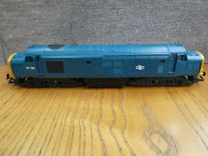 OO Gauge Hornby R 751 Class 37 Diesel Loco No37130 with working lights