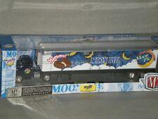 1/64th M2 Auto Haulers 1958 Chevrolet LCF & Moon Pie Trailer Blue