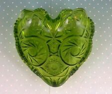 CUT GLASS  CANDY DISH  HEART SHAPED GREEN PRESSED EMERALD VINTAGE 6 1/2 X 6 1/2