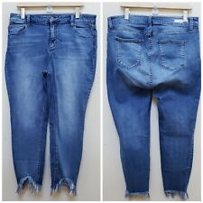 Cello Jeans Women Mid Rise Crop Skinny Jeans with Back Hem WV76416DK