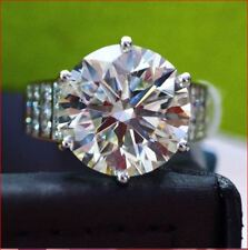 Ring In 14K White Gold 10Ct Round White Moissanite Diamond Engagement