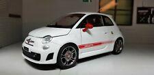Modèle Fiat 500 Abarth Blanc 2008 1:24 Echelle 1.4 Turbo Motormax Voiture 73380