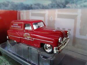Corgi  FIRE HEROES  Pontiac 1953  - CS90014