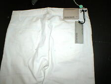 New NWT 32 x 32 Mens Designer Brian Dales Jeans Distressed White Logo Belt Patch