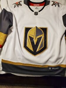 Vegas Golden knights Jersey Small.