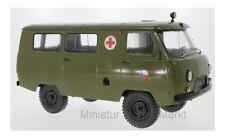 #47073 - Premium ClassiXXs UAZ 452A Ambulance (3962) - CZ Army - 1:18