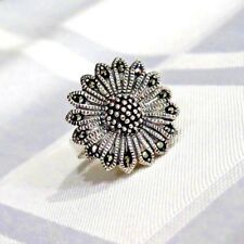 925 STERLING SILVER  MARCASITE DAISY SPARKLES  RING SIZE 10