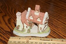 "David Winter ""The Schoolhouse"" Cottage No Box (1987 Vintage)"