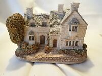 "Lilliput Lane ENGLISH COTTAGE  Moreton Manor  approximately 5.5"" x 4.5"""