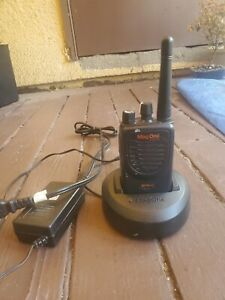 Motorola BPR40 Mag One and single charger