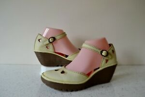 FLY,LONDON YUNA BUTTERCREAM LEATHER/LEATHER LINED ANKLE STRAP WEDGE SANDALS UK 6