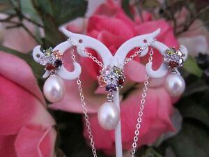White Natural Freshwater Pearl & Zircon Sterling Silver Pendant & Stud Earrings.