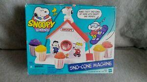 vtg SNOOPY SNO-CONE MACHINE SNOW CONE MAKER toy