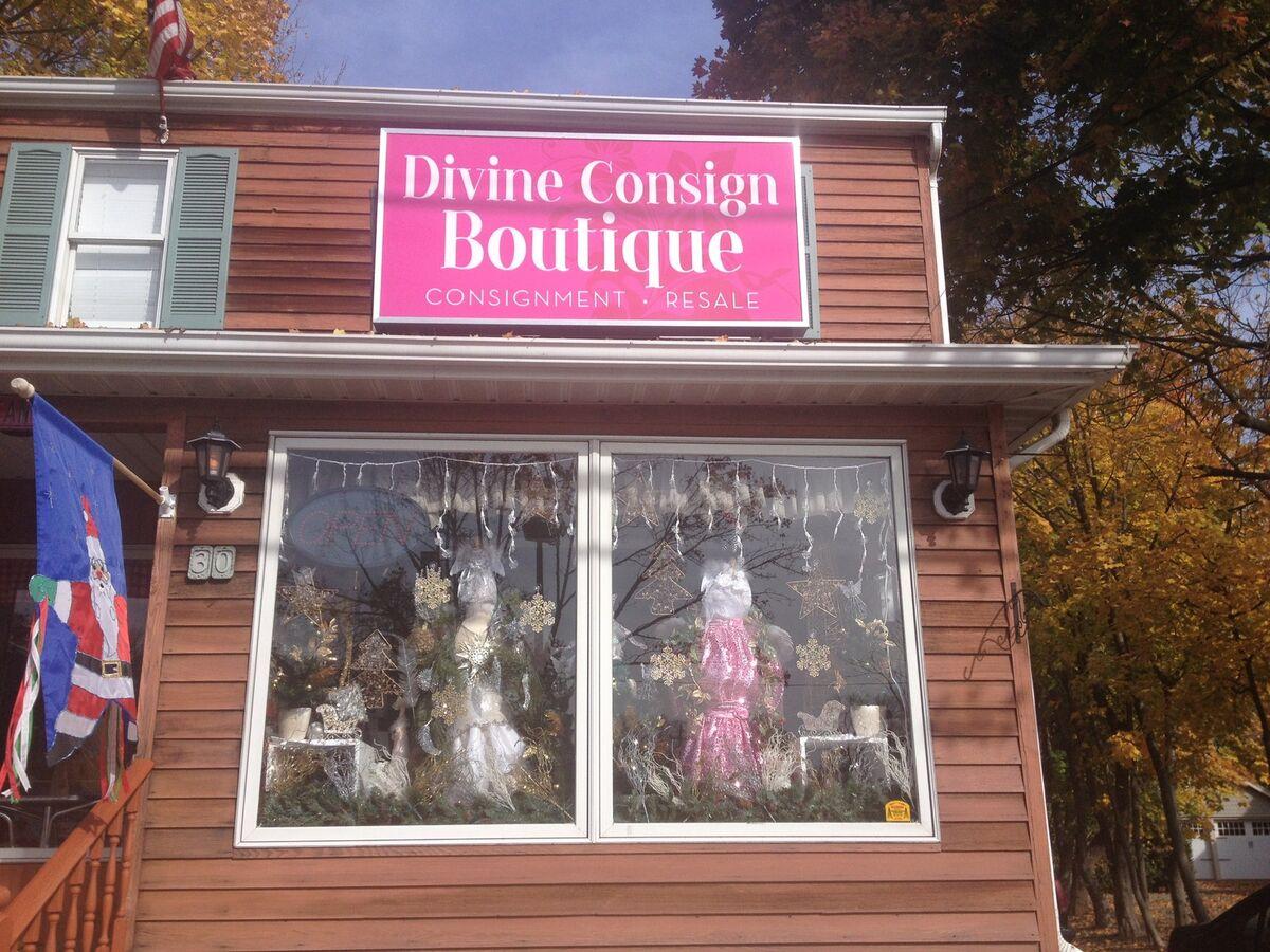 divineconsign30