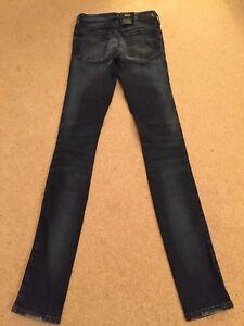 NEW Women's Diesel Skinzee 0668K Super Slim Skinny Stretch Jeans W23 L32 (985)