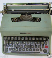 BLUE  OLIVETTI UNDERWOOD LETTERA 32 MADE IN SPAIN NO CASE TYPEWRITER