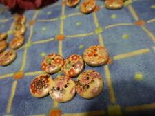 lot 6mignons petits boutons bois  pour petits vétements poupées   layette