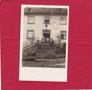 Bayern - Trabelsdorf Gendarmeriestation mit Gendarmen - Postkarte 1932 - n.gel.