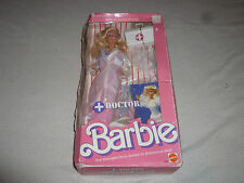 NEW IN BOX BARBIE DOCTOR 1987 MATTEL 3850 VINTAGE NIB OVER 20 PIECES FOR PLAY >>