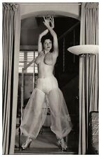 Sexy JACKIE MILLER actress PIN UP PHOTO postcard - RWP 2003 (01)