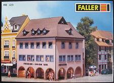 """FALLER 429 - Stadt Eckhaus """"Friseur"""" - H0 - Eisenbahn Modellbausatz - NEU&OVP"""