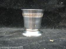Joli ancien coquetier, métal argenté