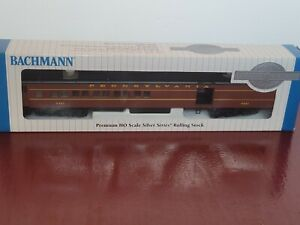 Bachmann HO 13601 Pennsylvania Heavyweight 72' Lighted Combine Passenger 9921