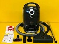 MIELE CAT & DOG C3 CYLINDER VACUUM CLEANER *HIGH WATTAGE 1600W* *NEW MOTOR!*