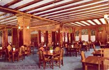1910 A CORNER IN THE GRILL ROOM, MARSHALL FIELD & COMPANY STORE, CHICAGO