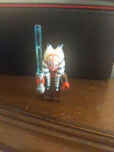 LEGO Star Wars - Jedi Shaak Ti Minifigure w/ Blue Lightsaber 7913 Clone