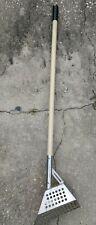 Diamond Shape Head Metal Detecting Scoop for Beach Water Solid Wood Handle