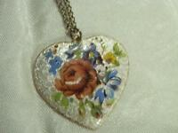Vintage 60's Guilloche Heart Hand Painted Flower Silver Tone Necklace  344D8