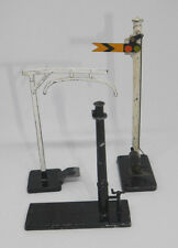 TRIANG R43 RAILWAY SIGNS R87 LOADING GAUGE AND R88 WATER CRANE  (275)