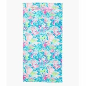 NWT  Lilly Pulitzer Beach Towel Multi Fished My Wish 60 x 30